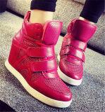Nuevo estilo de la moda de tacón de cuña Zapatos de mujer (HS8-4)