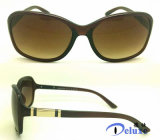 Nuevas gafas de sol de las mujeres de la manera con insignia de encargo