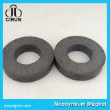 Magnete di ceramica dell'anello del ferrito di piccola dimensione su ordinazione dell'altoparlante