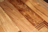 Armazena a venda do revestimento de madeira natural de alta qualidade