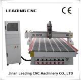 Автомат для резки древесины машинного оборудования Woodworking CNC высокой точности