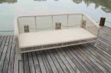 柳細工の藤の屋外の家具のコーナーのソファー
