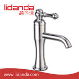 Brass antiguo Single Handle Basin Mixer con Chrome Finish