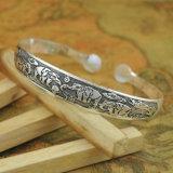 Retro Gesneden Etnische Armbanden van het Manchet van Tendensen Antieke Zilveren Smalle