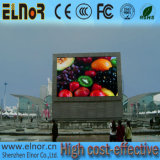 Muestra al aire libre de la visualización de LED P10 de la instalación fija