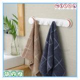 Crochet fixé au mur de couche de robe longue de salle dure de salle de bains avec la cuvette d'aspiration