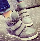 Neue Form-Art-Keil-Ferse-Frauen-Schuhe (HS8-4)