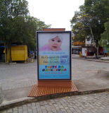 Alumínio Outdoor Street LED Scrolling Publicidade Light Box