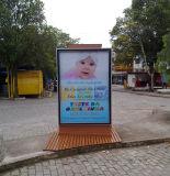 Алюминиевый напольный Scrolling улицы СИД рекламируя светлую коробку