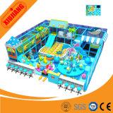 Le système d'intérieur attrayant de cour de jeu badine la station molle de jeu