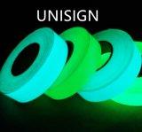 6 horas de película fotoluminiscente con auto-adhesivo/resplandor en la película oscura del PVC