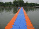 Pontón del plástico de los diques flotantes