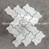 Mosaïque de marbre en arête de poisson de Backsplash de tuile de marbre, tuiles de mosaïque Waterjet blanches