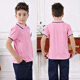 Chemise de fantaisie de garçons et pantalon court avec la robe de rose de filles