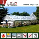 Dekoration-Zelt-Schauplatz für das LuxuxHochzeitsfest im Freien