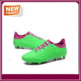Chaussures en gros du football du football de mode avec la bonne qualité