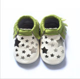 Preto 02: Sapatas de bebê da pele de carneiro