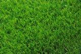 Трава красивейшего зеленого ландшафта украшения сада искусственная