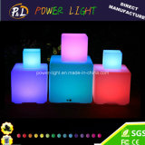 PE Matériau rechargeable Colorful LED Cube Light pour Outdor