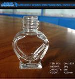 bottiglia di vetro di bellezza del chiodo della radura di figura del cuore 5ml-13ml