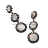 유럽어 2개의 색깔 및 미국 Retro 합금 다이아몬드에 의하여 장식용 목을 박는 오래 매다는 하락 귀걸이