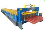 Carrelage de sol de mosaïque faisant la machine