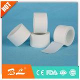 Weiße Farben-Silk chirurgisches Band