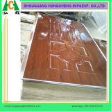 piel laminada HDF de la puerta de 2.7-4.2m m