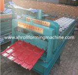 機械を形作る製品によって艶をかけられる金属の屋根瓦ロール