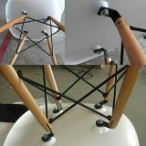 Plastic Seat (JC-E55)の高品質Wooden Emaes Chair