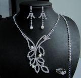Nueva joyería de la manera del collar y del pendiente de la boda de la manera