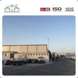 Casa prefabricada del campo de la estructura de acero de la luz de los paneles de emparedado del palmo grande en Duoha para los trabajadores