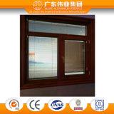 Indicador de alumínio do Casement da grão de madeira com vidro interno das cortinas plásticas