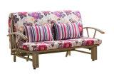 Faltendes Sofa-Bett mit dem horizontalen Behauen