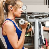 Bluetooth 4.1 Sweatproof 에서 귀 Earbuds를 취소하는 무선 입체 음향 스포츠 헤드폰 소음
