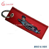 Fábrica personalizada Remove Before Flight Embroidery Patch Keychain