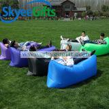 Sofá de aire personalizado con su marca para camping