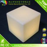 Presidenza di plastica del cubo del PE LED con la Tabella di vetro