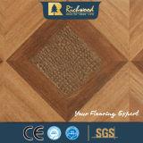 12.3mm Woodgrain-Beschaffenheits-Walnuss-V-Grooved Wasser beständiger Laminbated Fußboden