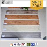 revestimento frouxo de madeira do vinil da configuração do anúncio publicitário de 5.0mm