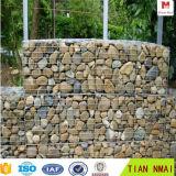 石造りの擁壁、Gabionのバスケット