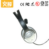 sur l'écouteur portatif d'écouteurs d'écouteur de PC d'oreille avec la couleur argentée de MIC