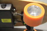 Patín caliente del mini patín eléctrico de cuatro ruedas con el telecontrol