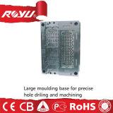 Prezzo di plastica poco costoso dello stampaggio ad iniezione per lo zoccolo dell'interruttore