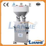 Halb automatische pneumatische Einfüllstutzen-Füllmaschine für Flüssigkeit/Sahne