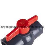 Robinet à tournant sphérique compact en plastique (PVC NPT/BSPT/JIS/BS/ANSI/DIN)