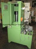 単一のスライダの注入形成ねじ型油圧出版物機械