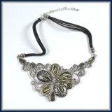 Neues Feld-eindeutige Blumen-Halskette