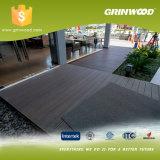 Saca el Decking de WPC, material de construcción de WPC para el suelo dirigido