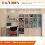 Estante para libros de madera diseñado moderno para los muebles de oficinas